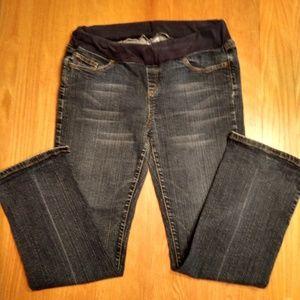 Maternity jeans by Motherhood